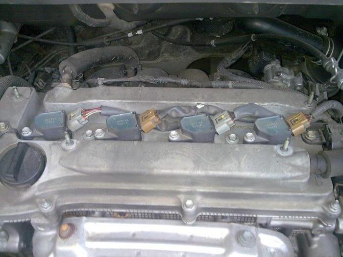 Замена свечей зажигания рядного двигателя Тойоты Камри